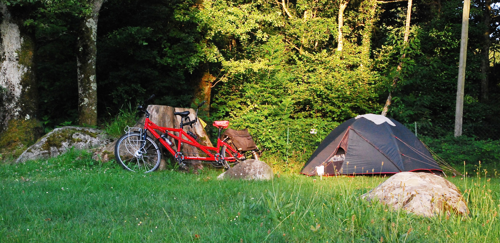 Pyrenees camping cycle route